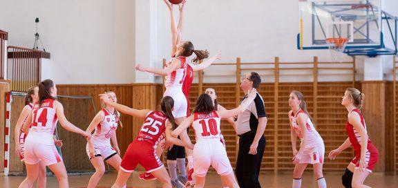 high school team basketball frauen