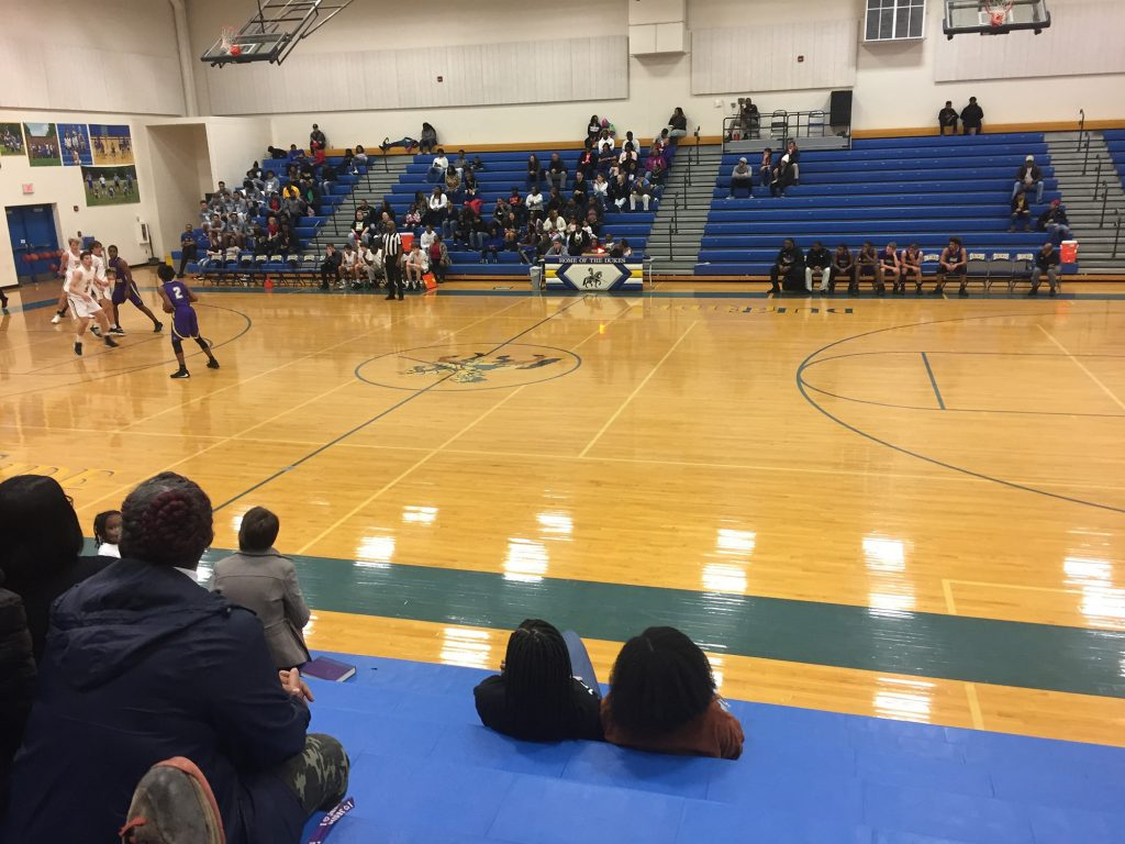 basketball spiel cheerleading