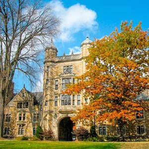 College Stipendium USA, Unigebaeude