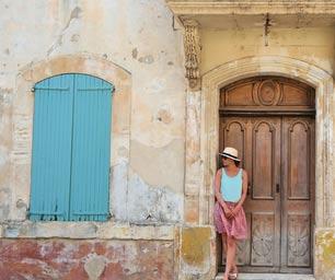 Schüleraustausch Frankreich, Regionswahl, Häuserwand, Tür