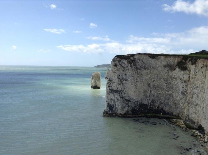schueleraustausch-england-rock-beach-meer
