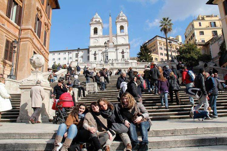 schueleraustausch-italien-rom-treppe
