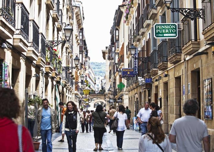 schueleraustausch-spanien-innenstadt-gasse