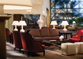 aupair-usa-orientation-lobby-hotel
