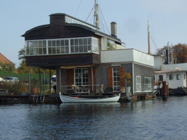 schueleraustausch-daenemark-bootshaus-wasser