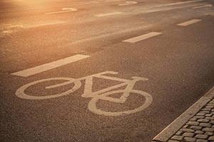 schueleraustausch-daenemark-fahrrad-strasse-asphalt