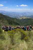 schueleraustausch-ecuador-bergtour-gruppe-wander