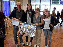 schueleraustausch-italien-gastfamilie-flughafen-plakat