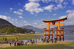 schueleraustausch-japan-sightseeing-tor