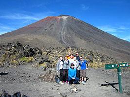 schueleraustausch-neuseeland-familie-vulkan-ausflug