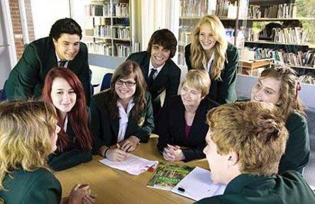 schueleraustausch-australien-schulwahl-the-forest-high-school-schueler