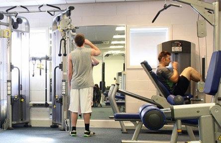 schueleraustausch-england-schulwahl-bedford-college-gym-fitness