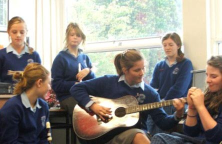 schueleraustausch-irland-schulwahl-our-ladys-grove-secondary-school-musik