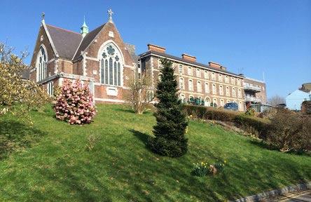 schueleraustausch-irland-schulwahl-st.-angelas-college-schule