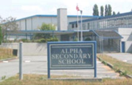 schueleraustausch-kanada-schulwahl-alpha-secondary-school-sign