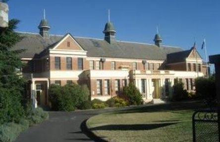 schueleraustausch-kanada-schulwahl-bathurst-high-school-gebaeude