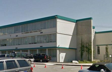 schueleraustausch-kanada-schulwahl-cariboo-hill-secondary-school-aussen