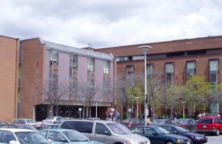 Schüleraustausch, Kanada, Schulwahl, Ecole de la Salle, Gebäude