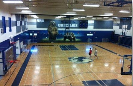 schueleraustausch-kanada-schulwahl-gw-graham-middle-secondary-school-halle-gym