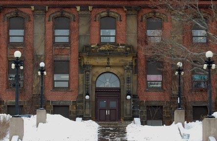 schueleraustausch-kanada-schulwahl-harbour-view-high-school-gebäude-schule