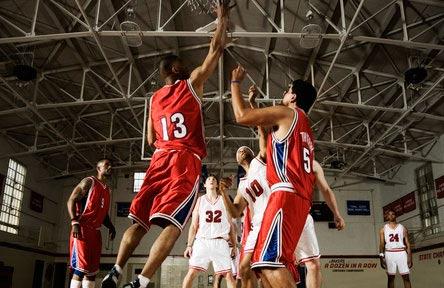 schueleraustausch-kanada-schulwahl-moscrop-secondary-school-basketball