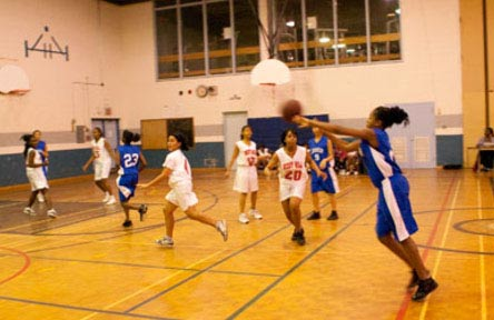 schueleraustausch-kanada-schulwahl-sir-wilfrid-secondary-school-sport-turnhalle