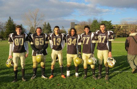 schueleraustausch-kanada-schulwahl-westminster-secondary-school-team-football