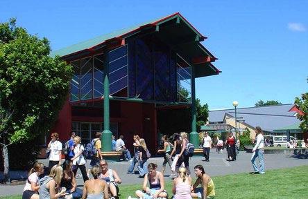 schueleraustausch-neuseeland-college-eastern-insitute-of-technology-students