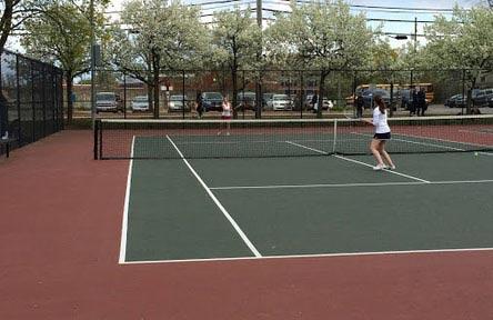 schueleraustausch-usa-schulwahl-arlington-high-school-tennis-court