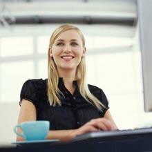 Praktikum, J1 Visum, Frau, Büro, Tasse