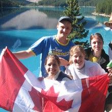 kanada-praktikum-flagge-familie