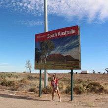 Schueleraustausch, Australien, Schild, Wueste