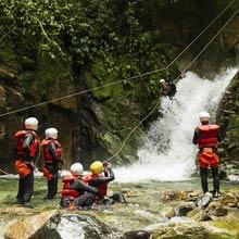 Schueleraustausch, Ecuador, Wasserfall, Klettern