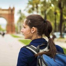 Schüleraustausch Frankreich, Mädchen, Rucksack