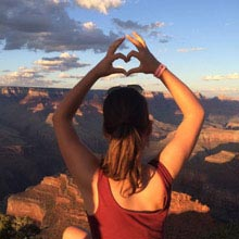Schüleraustausch USA, Mädchen, Canyon, Herz