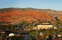 College Stipendium USA, Southern Utah University, Umgebung, Nachbarschaft
