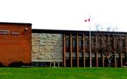 schueleraustausch-kanada-schulwahl-montcalm-secondary-school-gebaeude-schule