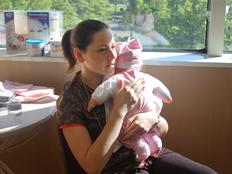 au-pair-usa-babytraining-arm
